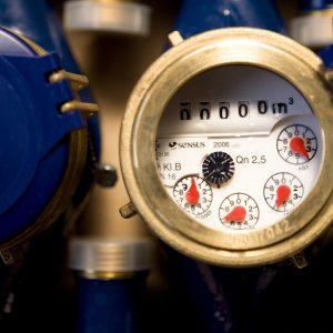 Närbild på en vattenmätare