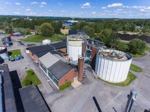 Drönarbild över rötkamrarna på Slottshagens reningsverk.
